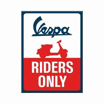 Vespa riders only magneet