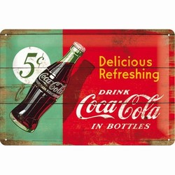 Delicious refreshing rood groen coca cola relief